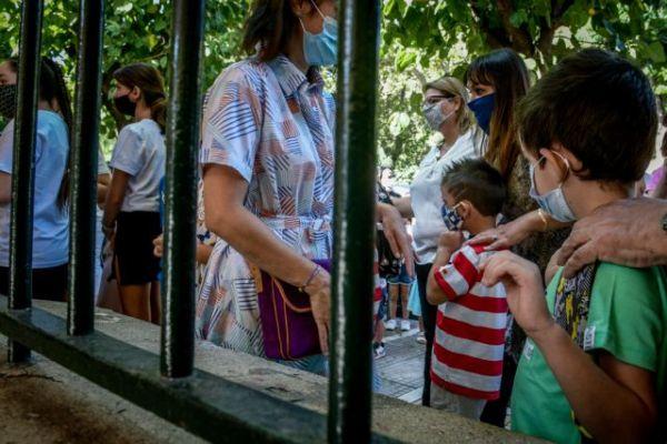 Κοροναϊός: Πώς επιλέγουμε τη σωστή μάσκα για τα παιδιά