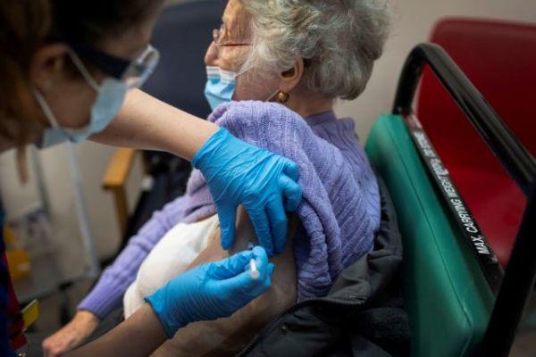 Τις επόμενες μέρες εμβολιασμοί κοροναϊού μέσω γιατρών