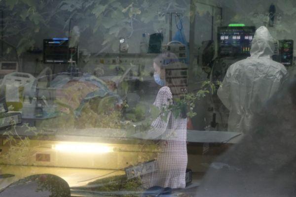 Κοροναϊός: Κρίσιμος μήνας ο Σεπτέμβριος – Οι τρεις παράγοντες που θα καθορίσουν την πορεία της πανδημίας
