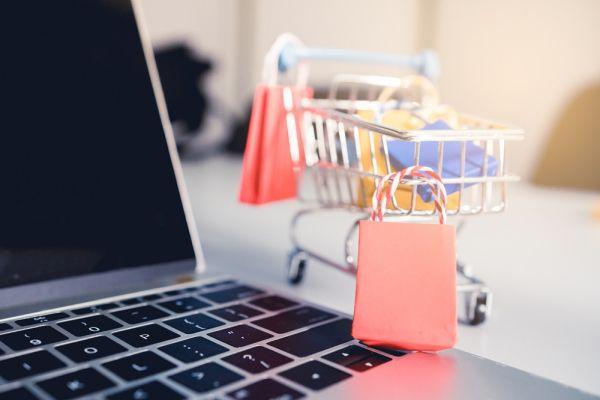 Online αγορές: Βροχή καταγγελιών στο Συνήγορο Καταναλωτή