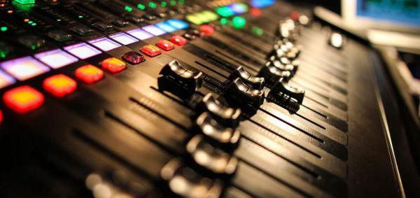 Βόμβα στη μουσική βιομηχανία: Ποιος αστέρας εγκαταλείπει το τραγούδι