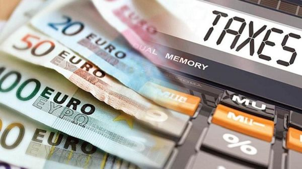 Άτοκες δόσεις και στις δόσεις του φόρου εισοδήματος μέσω καρτών των τραπεζών