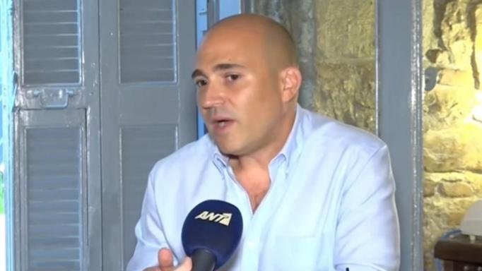 Κωνσταντίνος Μπογδάνος: Ποινική προκαταρκτική έρευνα για τη δημοσιοποίηση ονομάτων των παιδιών
