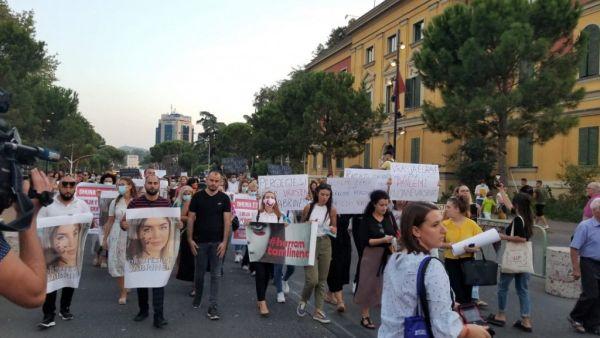 Αλβανία: Νέα γυναικοκτονία συγκλονίζει τη χώρα