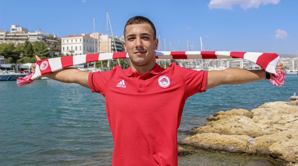 Ο Βολιώτης κολυμβητής Γιάννης Κοντοβάς στον Ολυμπιακό Πειραιώς