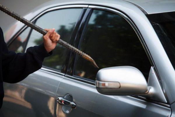 Καμπάνα για κλοπή αυτοκινήτου σε 42χρονο Βολιώτη έγκλειστο