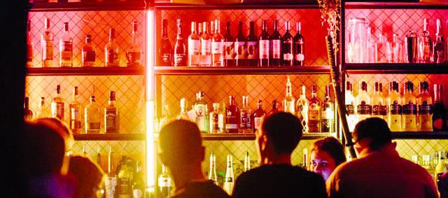 Λουκέτο και πρόστιμοσε μπαρ στον Βόλο