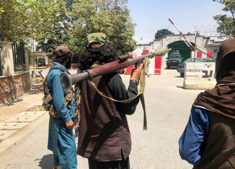 Αφγανιστάν – Μπαράζ επιθέσεων εναντίον των Ταλιμπάν – Δύο νεκροί από έκρηξη σε αυτοκίνητο