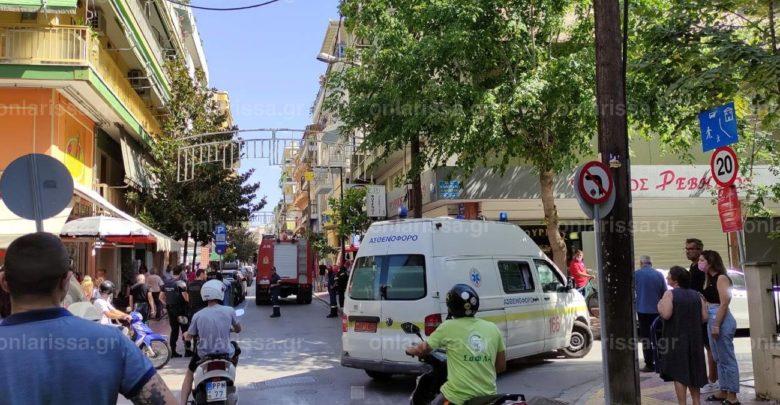 Λάρισα – Φωτιά σε διαμέρισμα την ώρα που βρίσκονταν άνθρωπος μέσα