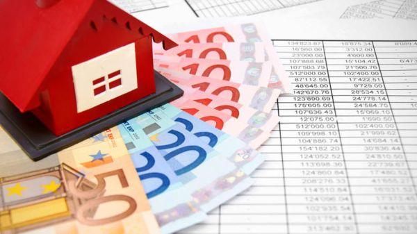 Αξιολόγηση – Εύσημα για κόκκινα δάνεια, ανησυχία για πτωχευτικό νόμο