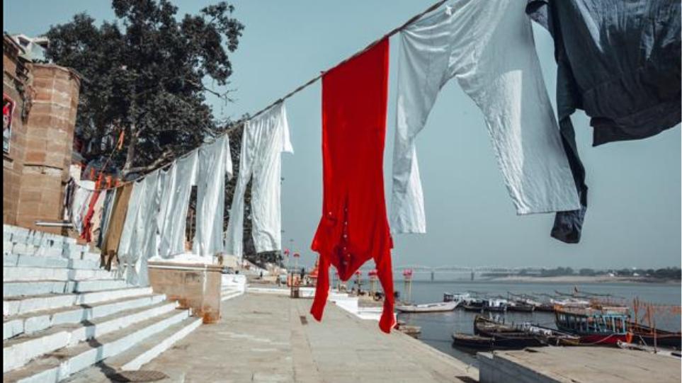 Ινδία: Κατηγορούμενος για απόπειρα βιασμού, θα πλύνει τα ρουχα 2.000 γυναικών για 6 μήνες