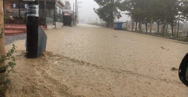 Λάρισα: Καταστροφές σε τριάντα πλημμυρισμένα σπίτια, καταστήματα εστίασης και καταλύματα στα παράλια της Αγιάς