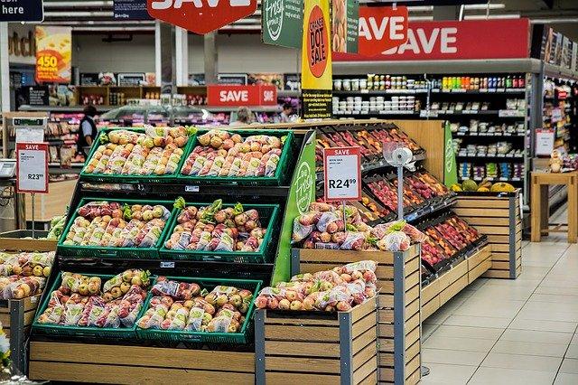 Σούπερ μάρκετ κατηγόρησε ψευδώς υπάλληλο για κλοπή ώστε να μην πληρώσει αποζημίωση