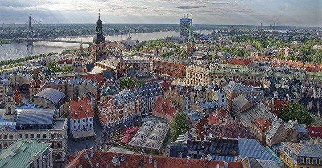 Κατάσταση έκτακτης ανάγκης για τρεις μήνες κήρυξε η Λετονία ενώ το ποσοστό εμβολιασμού παραμένει χαμηλό