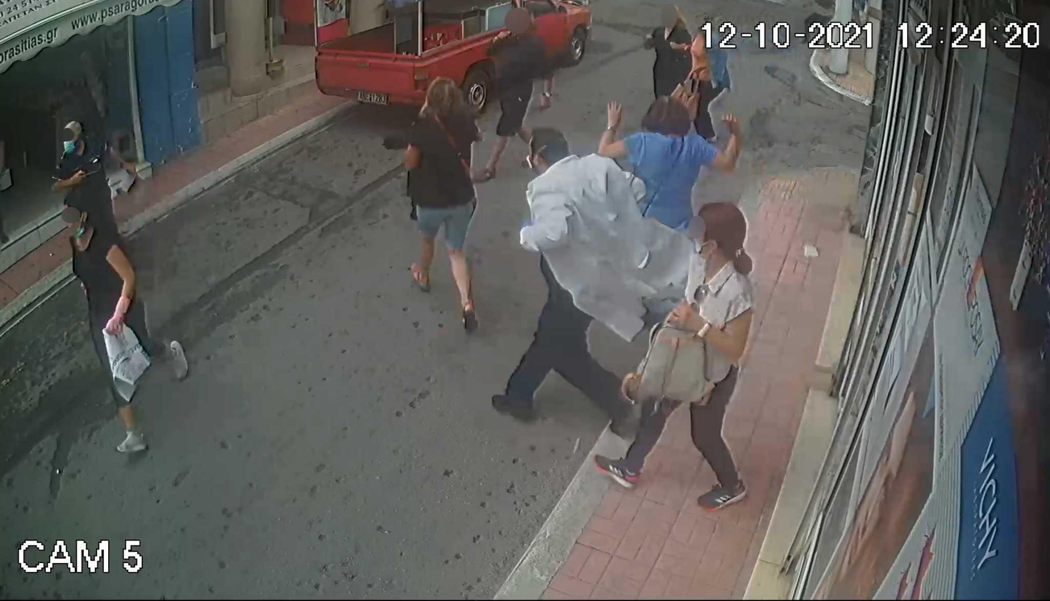 Σεισμός στην Κρήτη: Βίντεο ντοκουμέντο με τον πανικό μέσα κι έξω από φαρμακείο