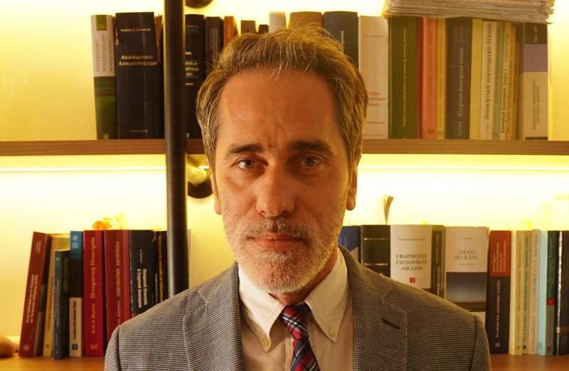 Απάντηση Στρατηγόπουλο σε Μπακαλιάνο για διενέργεια Debate