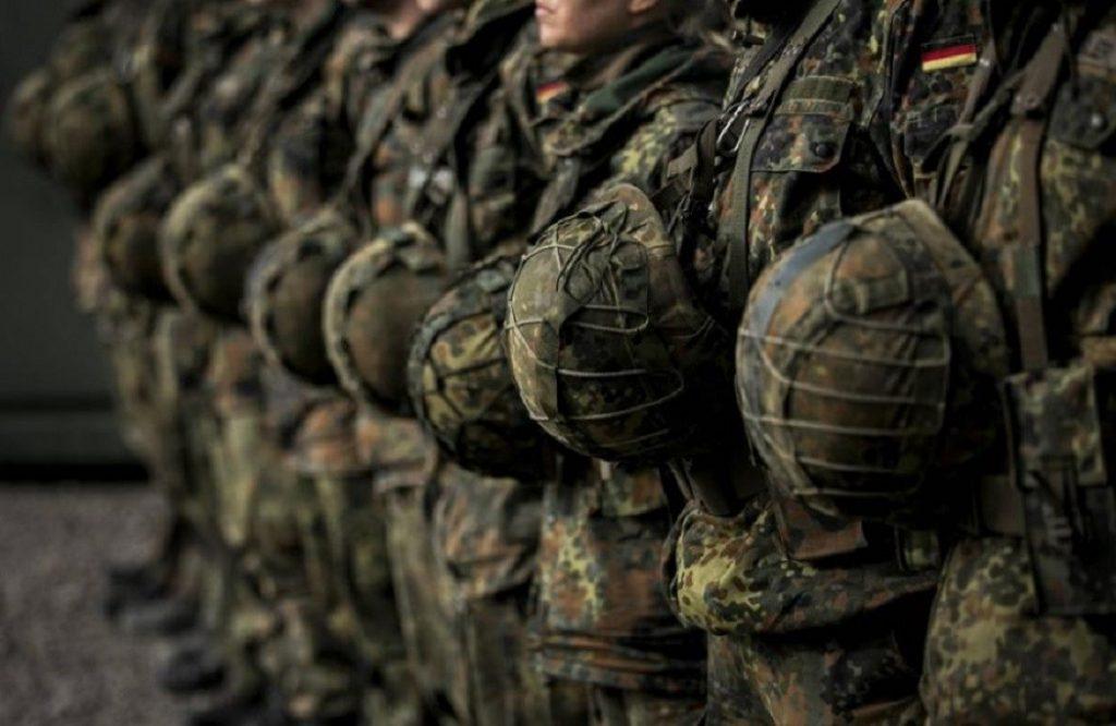 Κόντρα με φόντο τον συνδικαλισμό στις Ενοπλες Δυνάμεις