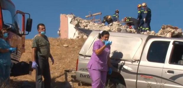 Κρήτη: Οργισμένοι οι σεισμόπληκτοι – Τούς έστειλαν τόνους από άχρηστα ρούχα