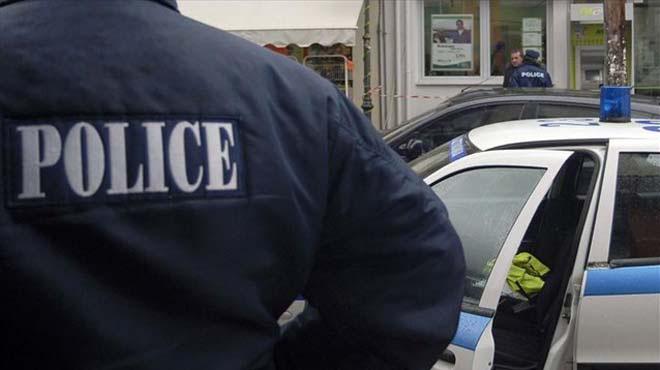 Αστυνομικός πυροβόλησε δύο φορές μέσα σε τμήμα της Αθήνας… κατά λάθος