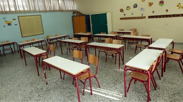 Άγριος καυγάς καθηγητή με εξωσχολικό στο 12ο Λύκειο Λάρισας! – Κατέληξαν στο τμήμα