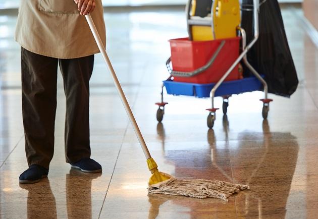 Απλήρωτες οι σχολικές καθαρίστριες  στους δήμους Βόλου και Ρήγα Φεραίου