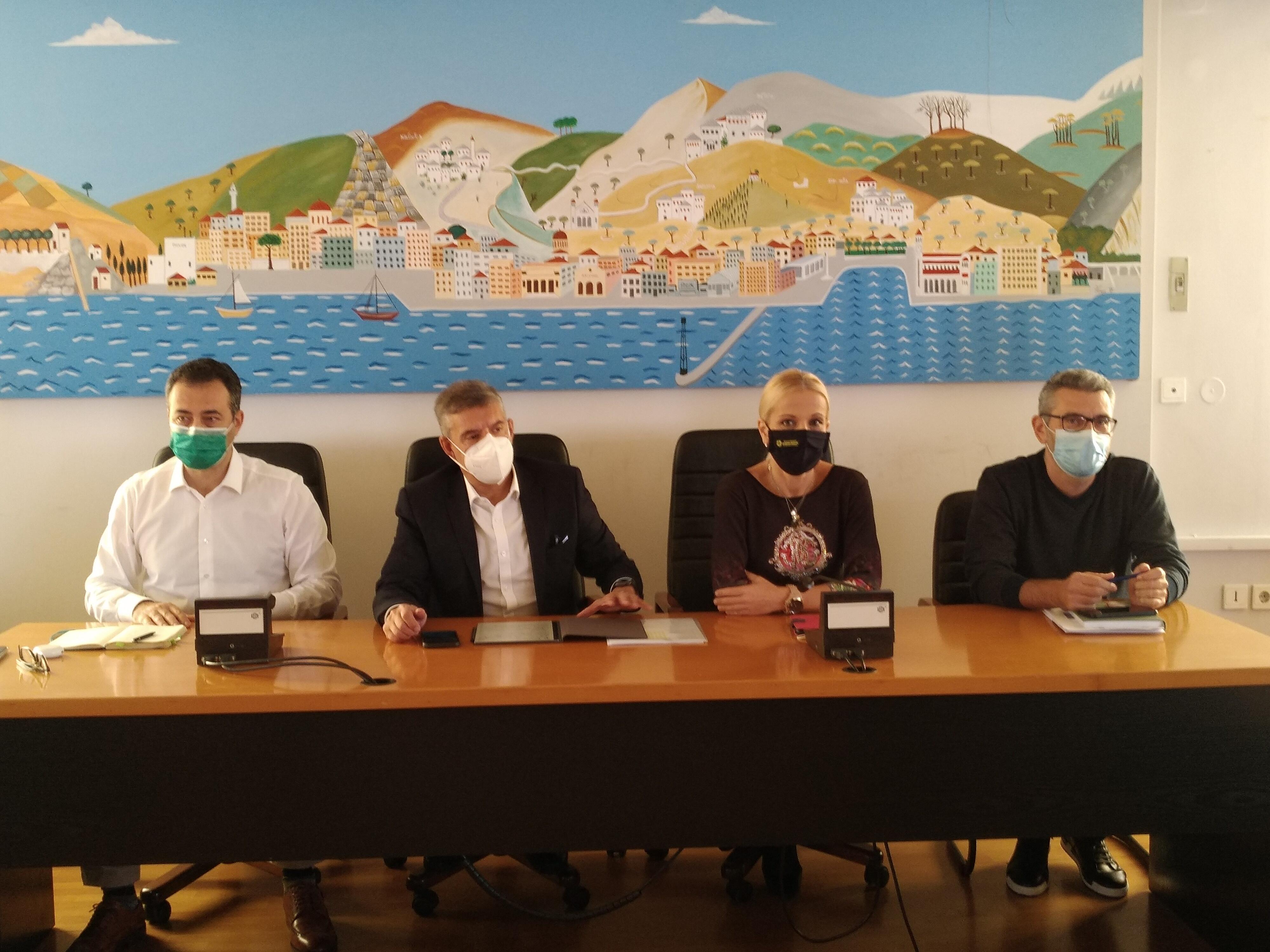 Περιφέρεια: Ακίνδυνες είναι οι οσμές από τις βιομηχανίες μεγάλης παραγωγικότητας