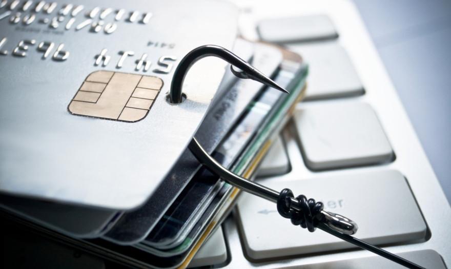 Κατερίνη: Απέσπασαν τους τραπεζικούς κωδικούς και 9.000 ευρώ από αγρότη