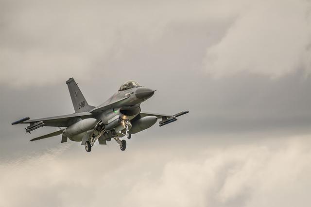 Υπερπτήσεις τουρκικών F-16 πάνω από Ανθρωποφάγους και Μακρονήσι