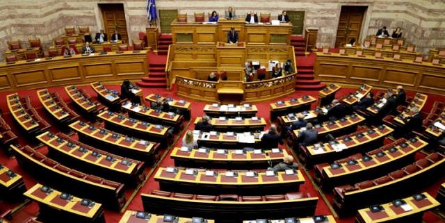 Η Βουλή σταματάει για μια εβδομάδα τις εργασίες της ως φόρο τιμής στην Φώφη Γεννημάτα