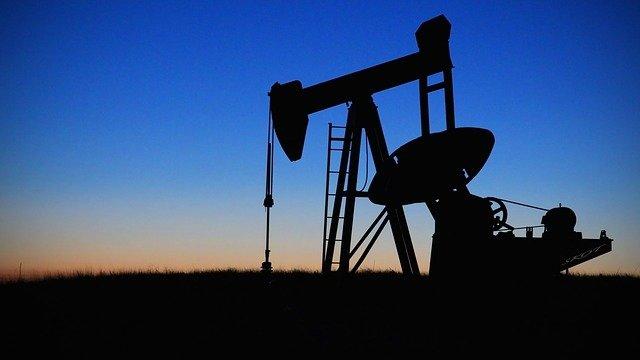 Ραγδαία μείωση του πετρελαίου σύμφωνα με την Aramco