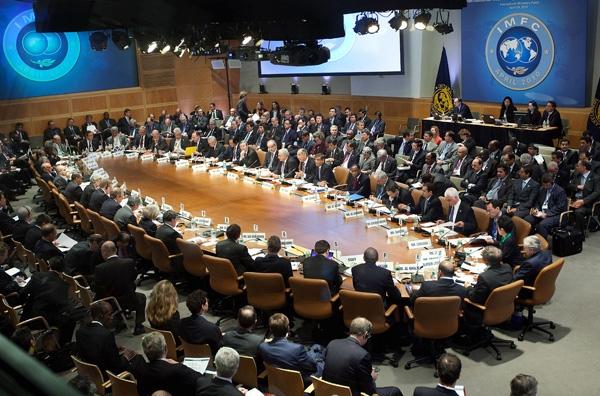 Θετικό το ΔΝΤ στην αναδιάρθρωση του χρέους
