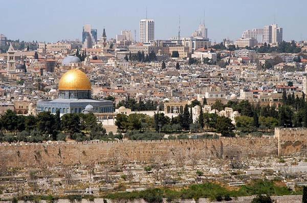 Ξανά στο προσκήνιο η Αν. Ιερουσαλήμ