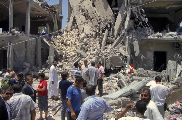 Νέα επιδρομή στη Λιβύη με 15 νεκρούς