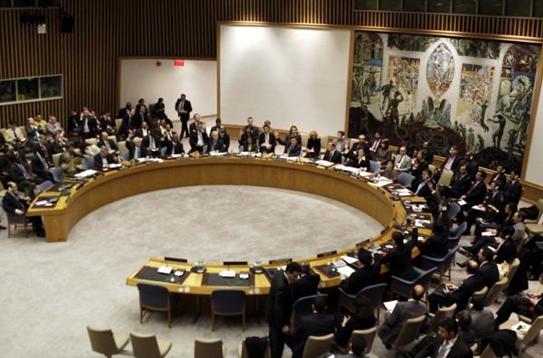 Παγκόσμια αγωνία για τη Λιβύη