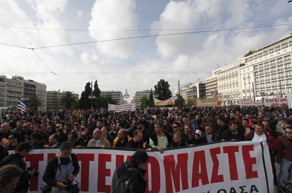Συλλαλητήριο «αντίστασης» από ΓΣΕΕ - ΑΔΕΔΥ