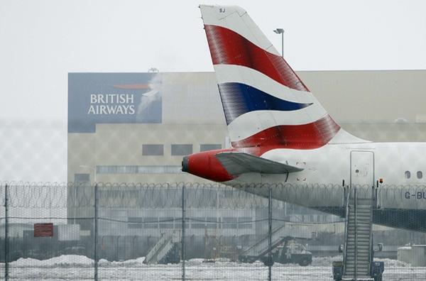 Εξομαλύνεται η κατάσταση στα ευρωπαϊκά αεροδρόμια