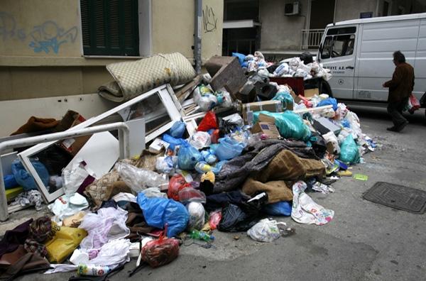 Δύσκολες οι λύσεις για τους σκουπιδότοπους