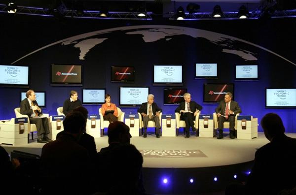 Στο Νταβός η ελληνική οικονομική πολιτική