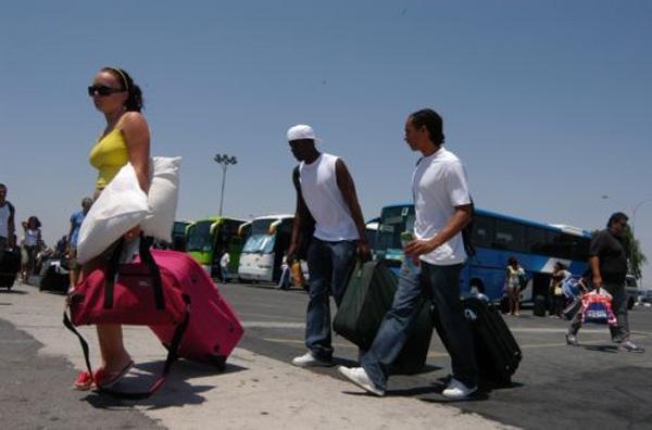 Θα γεμίσουν τα νησιά οι ξένοι τουρίστες
