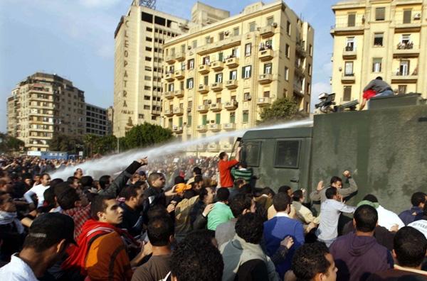 Διαδηλώσεις, συμπλοκές και συλλήψεις
