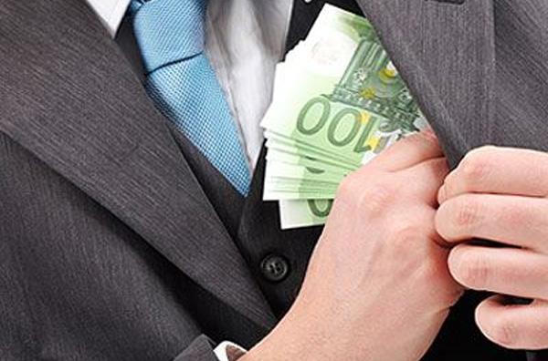 Μέχρι 7.000 ευρώ «φακελάκι» για εγχείρηση