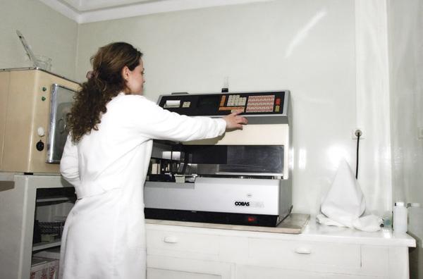 Χωρίς μικροβιολόγους τα Κέντρα Υγείας