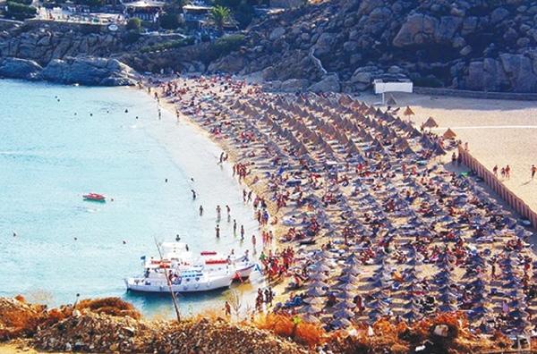 Παραλίες ελεύθερες από ξαπλώστρες